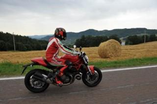 Test: 2014 Ducati Monster 821