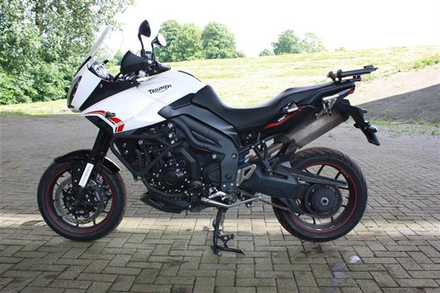 Test-2013-Triumph-Tiger-Sport-1050