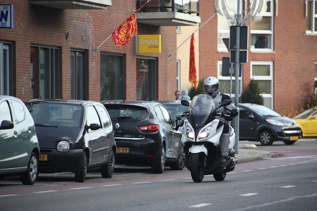 Test: Kymco Downtown 300i motorscooter