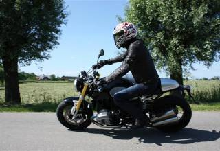 Test 2014 BMW RnineT 1