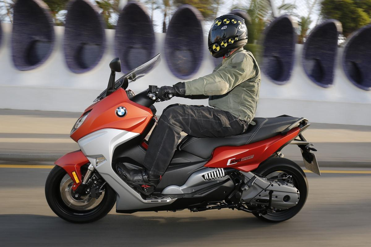 test 2016 bmw c650 sport en c650gt motorscooters. Black Bedroom Furniture Sets. Home Design Ideas