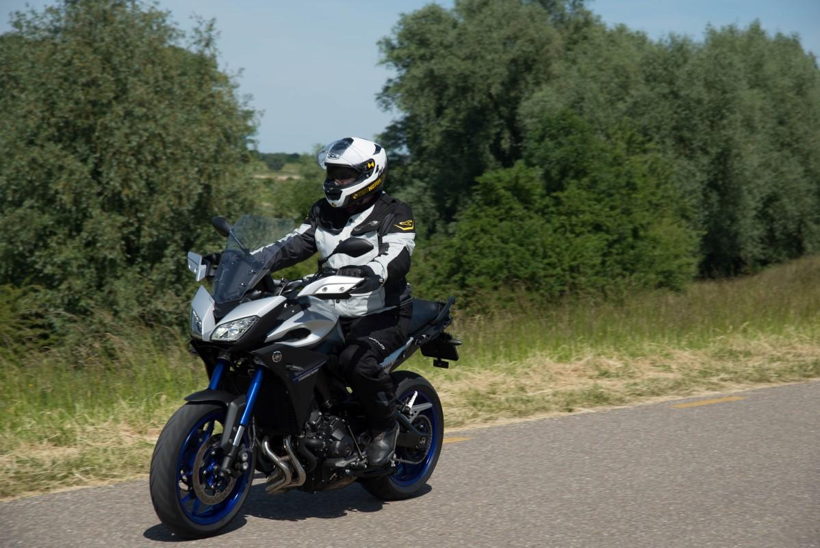 Test: 2015 Yamaha MT-09 Tracer