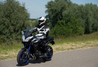 Test 2015 Yamaha MT09 Tracer front