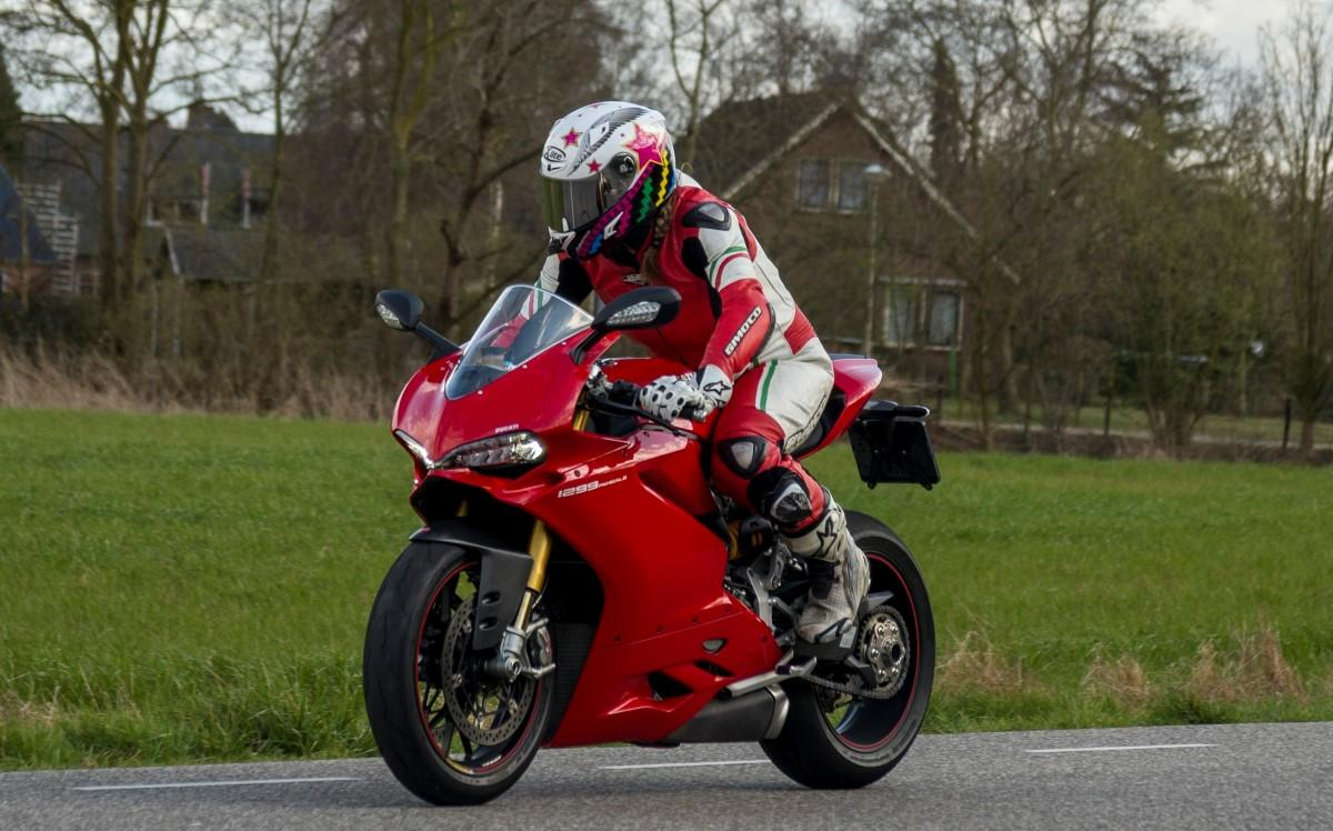 Test: Ducati 1299 Panigale S