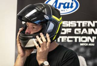 Arai Helmet ProfileV Tube Yellow Fluo motorhelm review